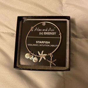 NWT! Alex and Ani Starfish Bracelet